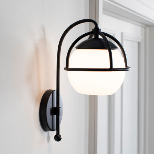 Hammond Wall Light