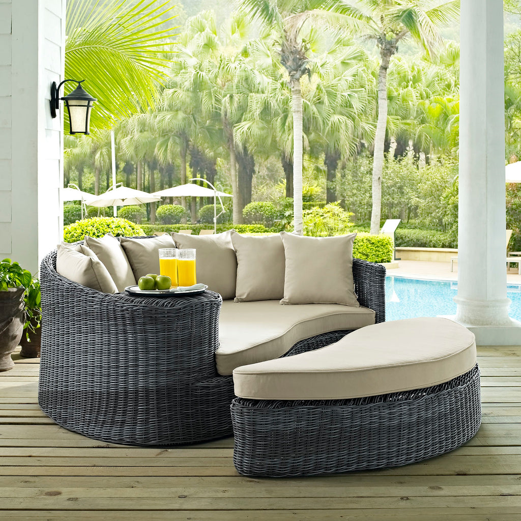 Newman Outdoor Patio Sunbrella® Daybed