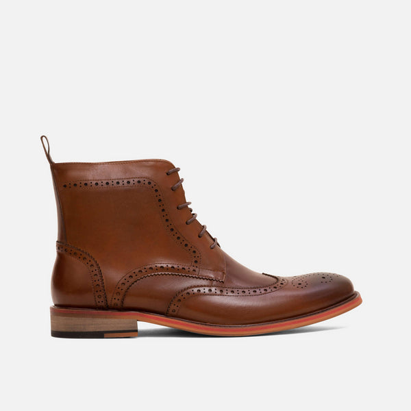 Fin Walnut Wingtip Boots