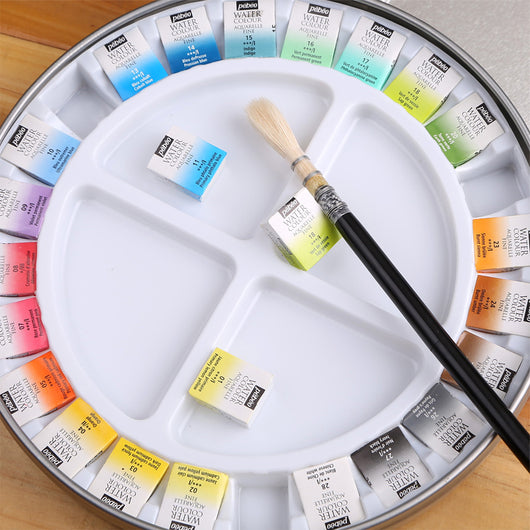 watercolour set in 12 or 24 colours