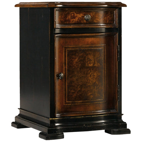 Grandover Chairside Chest in Black