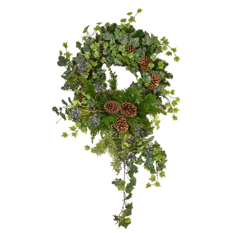 Christmas Wreath With Ivy