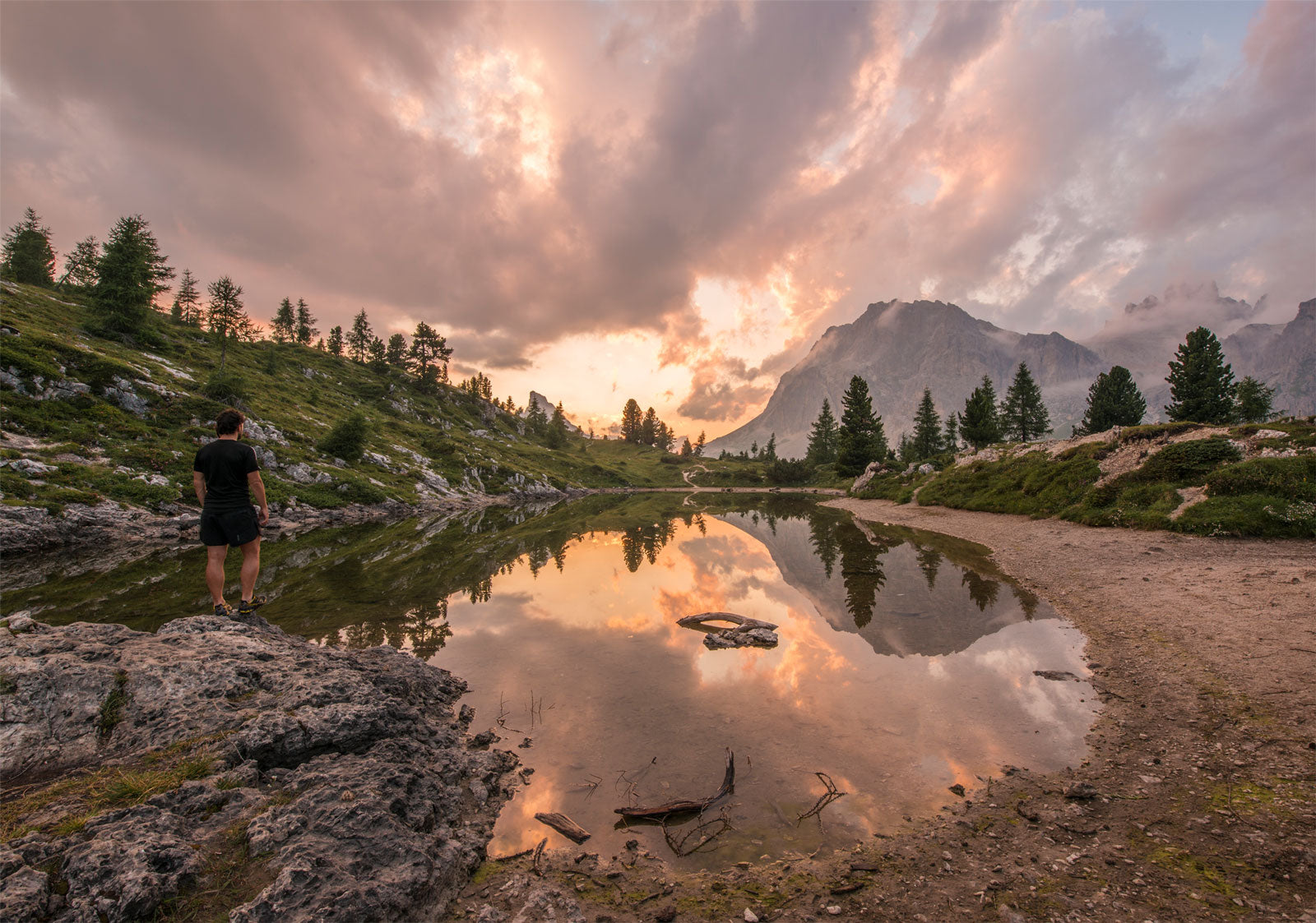 Get Inspired to Hike More with These Awesome Outdoor Quotes