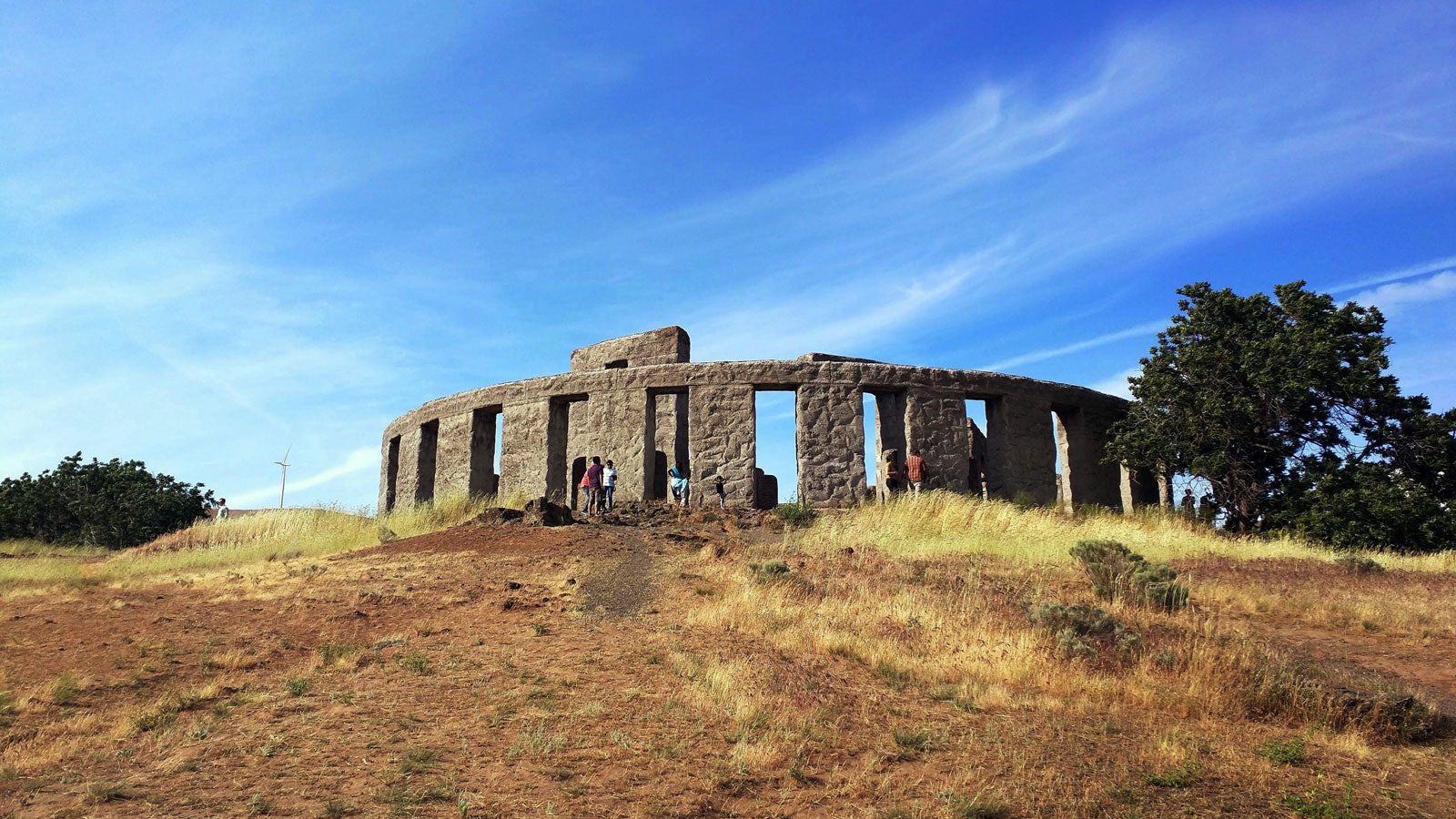 Six Little Known Attractions in Washington State - Maryhill Stonehenge