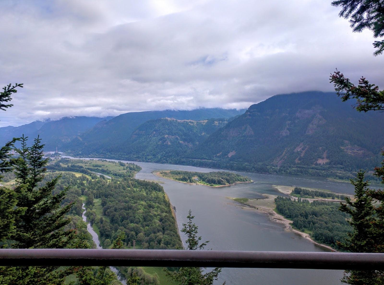Six Amazing Hikes in Washington State - Beacon Rock