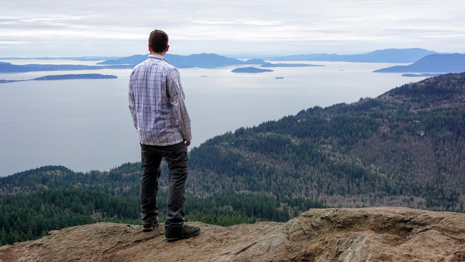 Six Amazing Hikes in Washington State - Oyster Dome