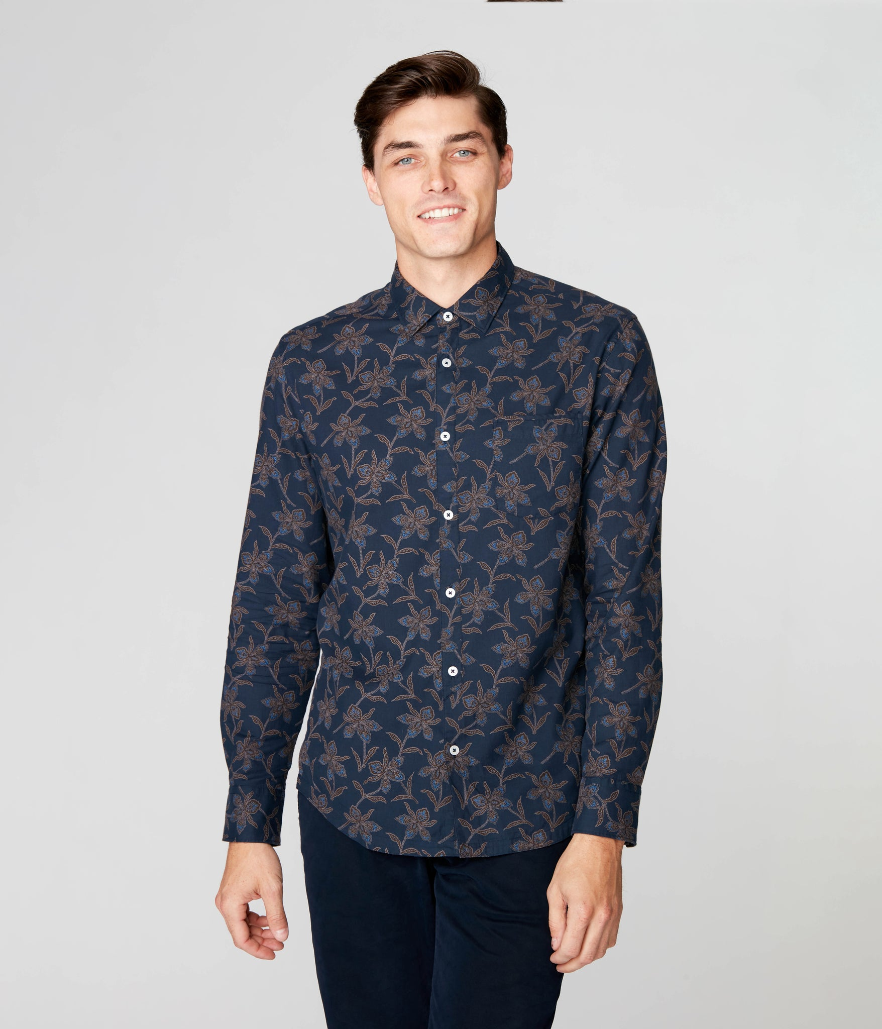 On-Point Print Shirt - Navy Magnolia Floral
