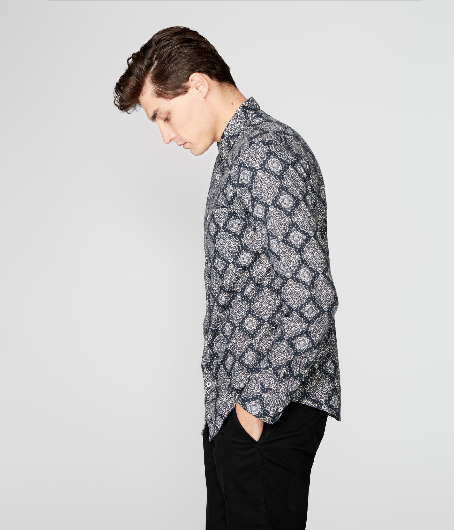 On-Point Print Shirt - Black Medallion Paisley