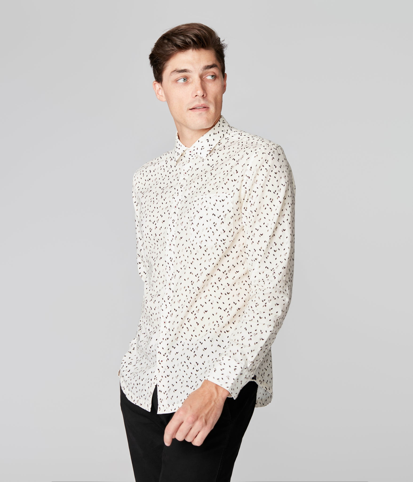 On-Point Print Shirt - Cream Falling Diamond
