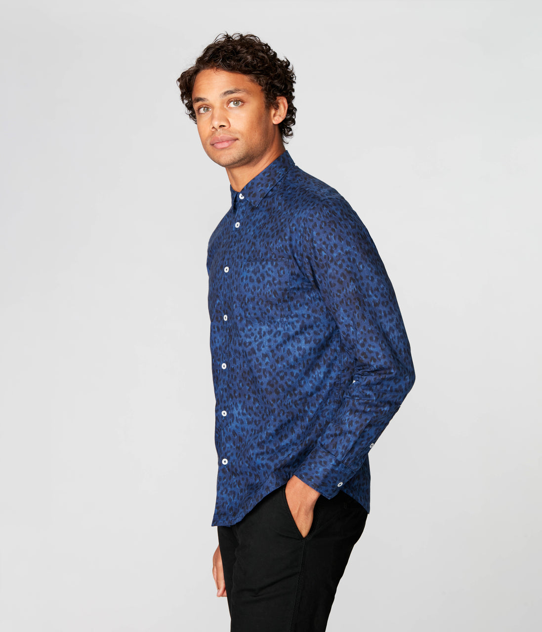 On-Point Print Shirt - Indigo Ombre Animale - Good Man Brand - On-Point Print Shirt - Indigo Ombre Animale