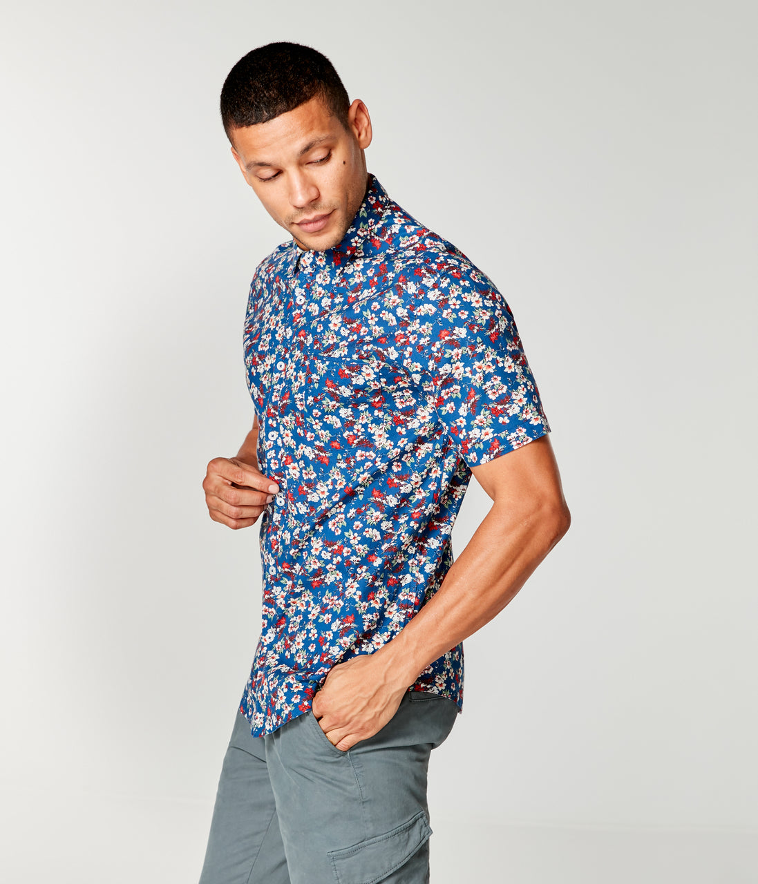 Woven On-Point Shirt - Indigo Hana Road Floral - Good Man Brand - On-Point Print Shirt Short Sleeve - Indigo Hana Road Floral