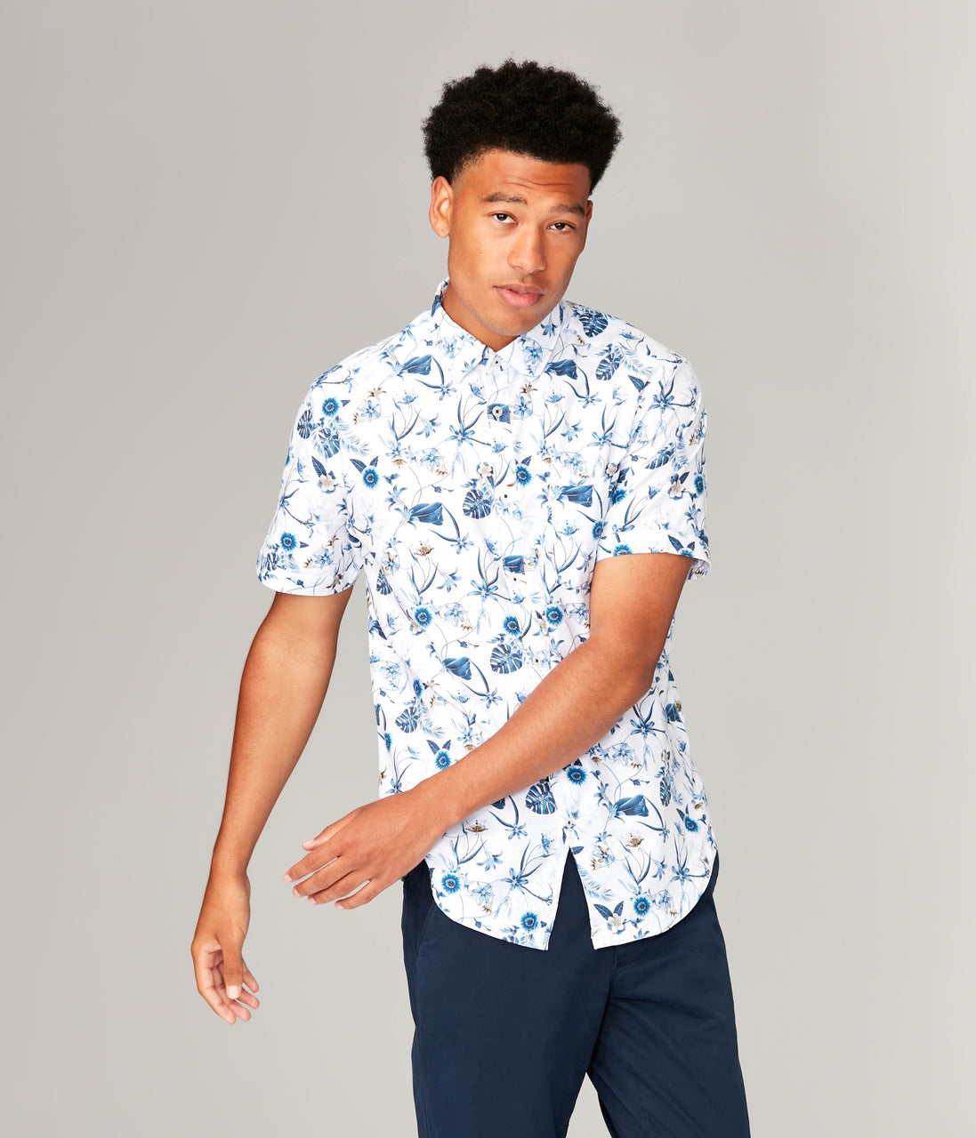 Woven On-Point Shirt - White Vine Floral - Good Man Brand - Woven On-Point Shirt - White Vine Floral