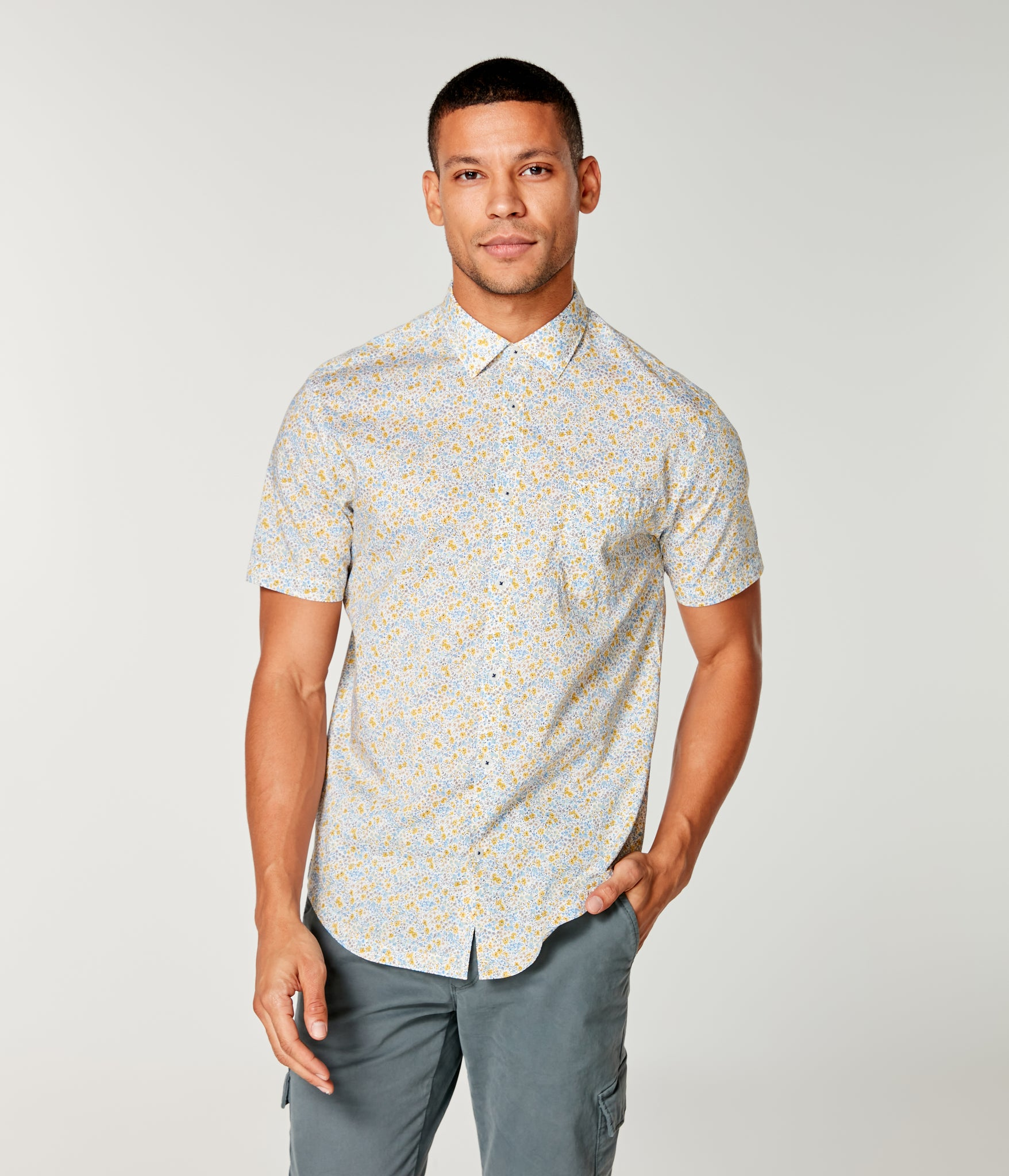On-Point Print Shirt Short Sleeve - White Micro Daisy Chambray