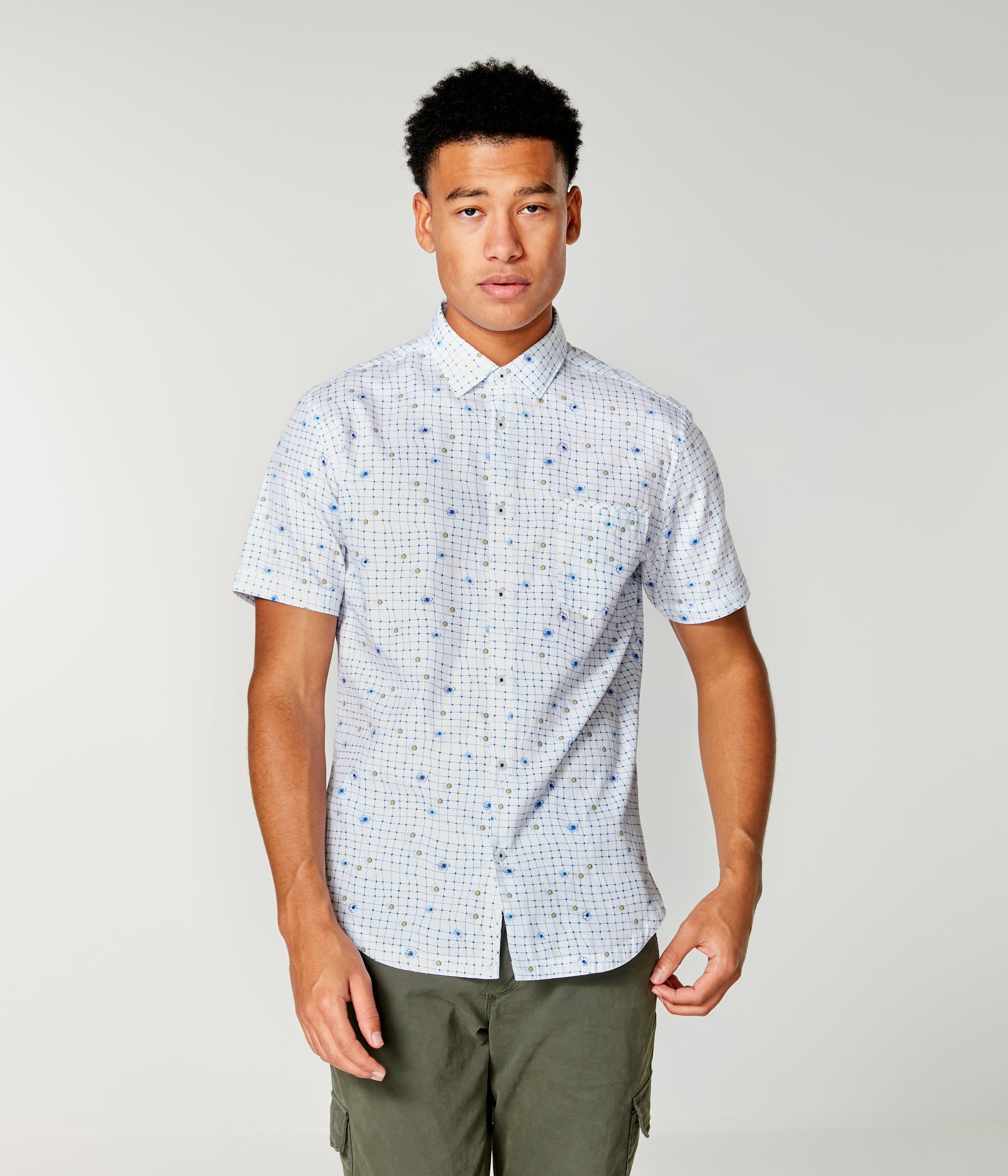 On-Point Print Shirt Short Sleeve - White Wrap Dot Floral