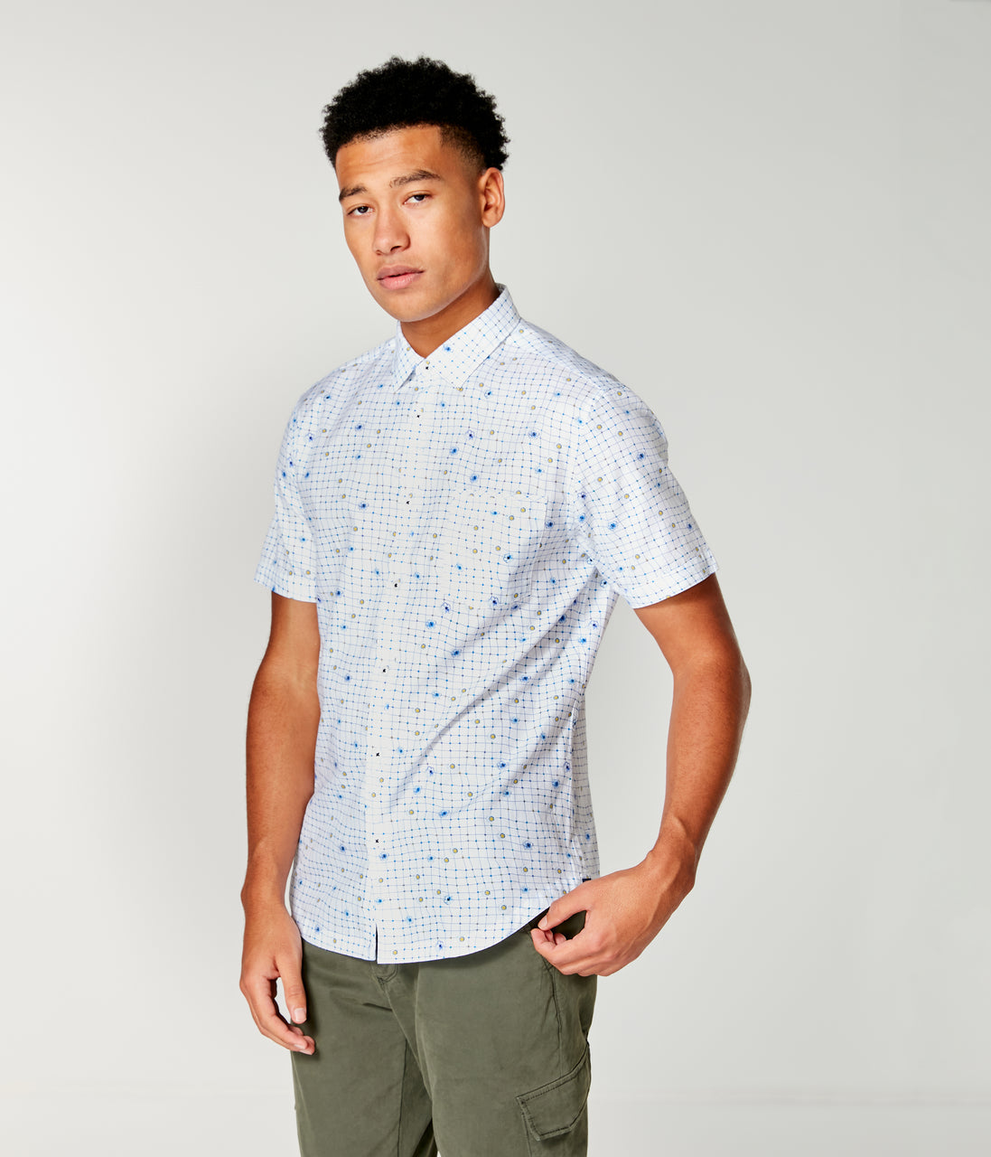 Woven On-Point Shirt - White Wrap Dot Floral - Good Man Brand - On-Point Print Shirt Short Sleeve - White Wrap Dot Floral