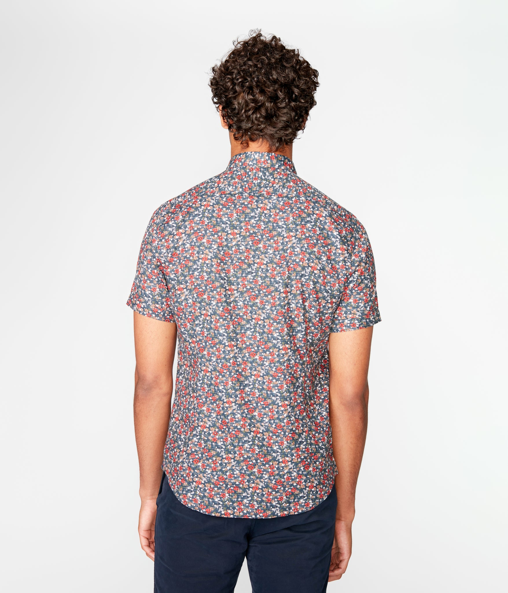 Woven On-Point Shirt - Navy Luxembourg Floral