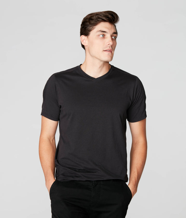 Hi Vee Tee in Premium Jersey  - Black - Good Man Brand