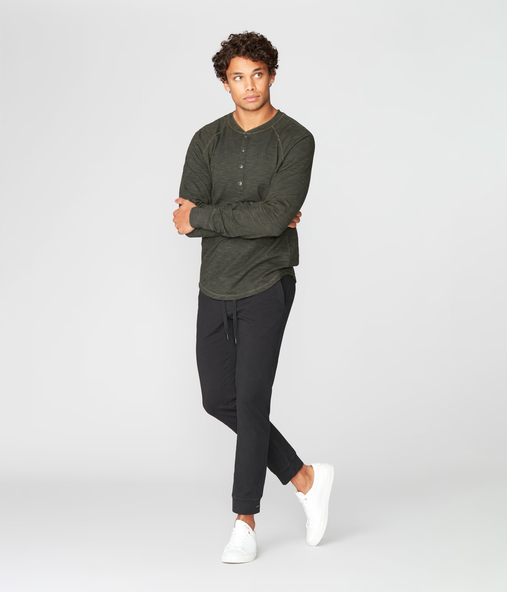 Legend Henley in Black Marl Soft Slub - Rifle Green Dark