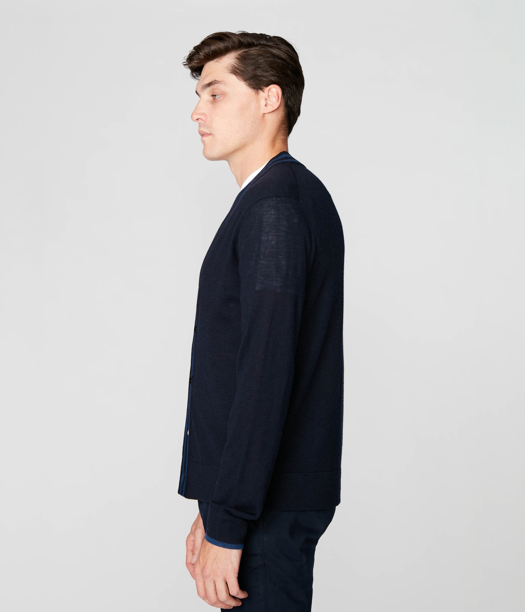 Edge Cardigan in Merino Wool - Navy