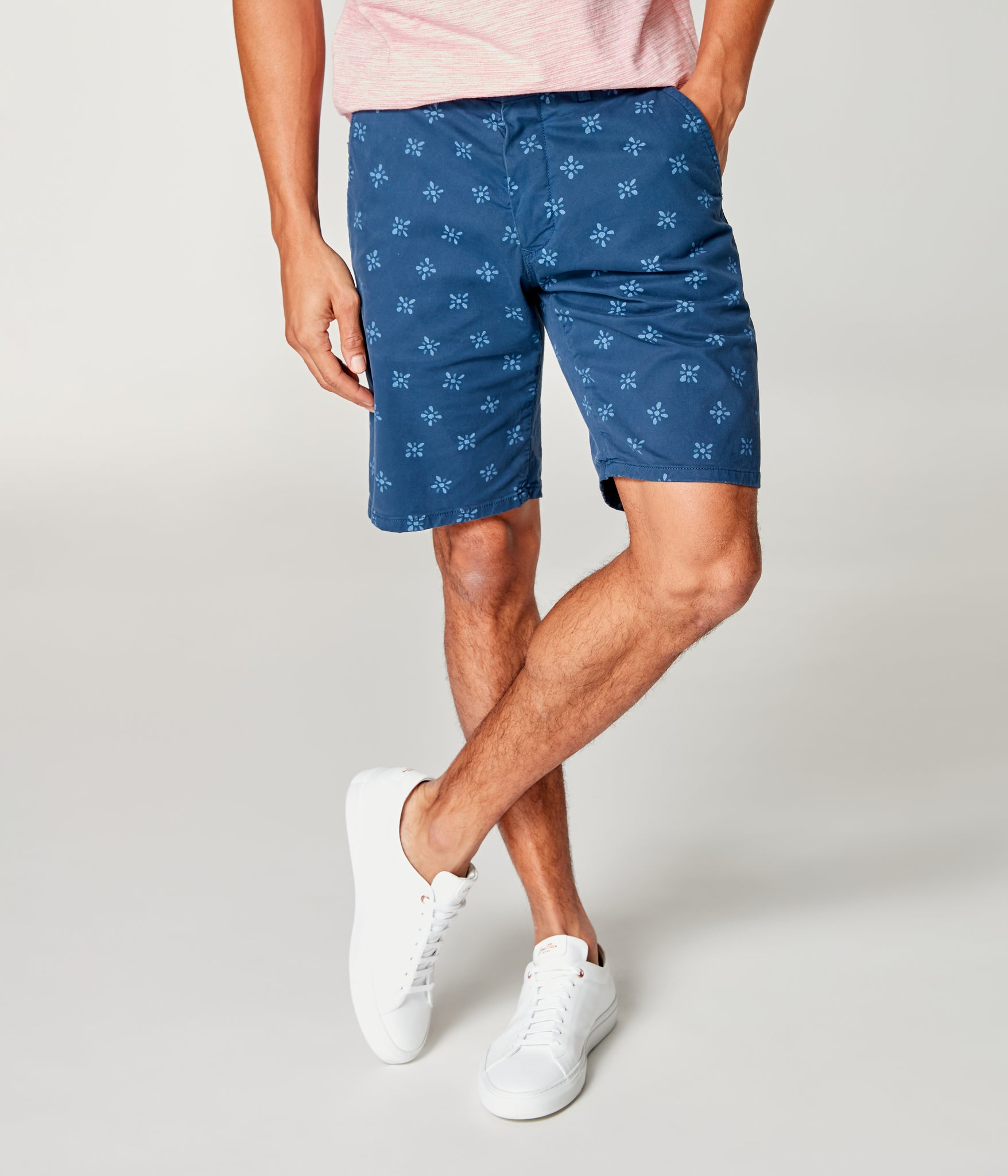 Monaco Stretch Twill Floral Wrap Short - Denim Blue