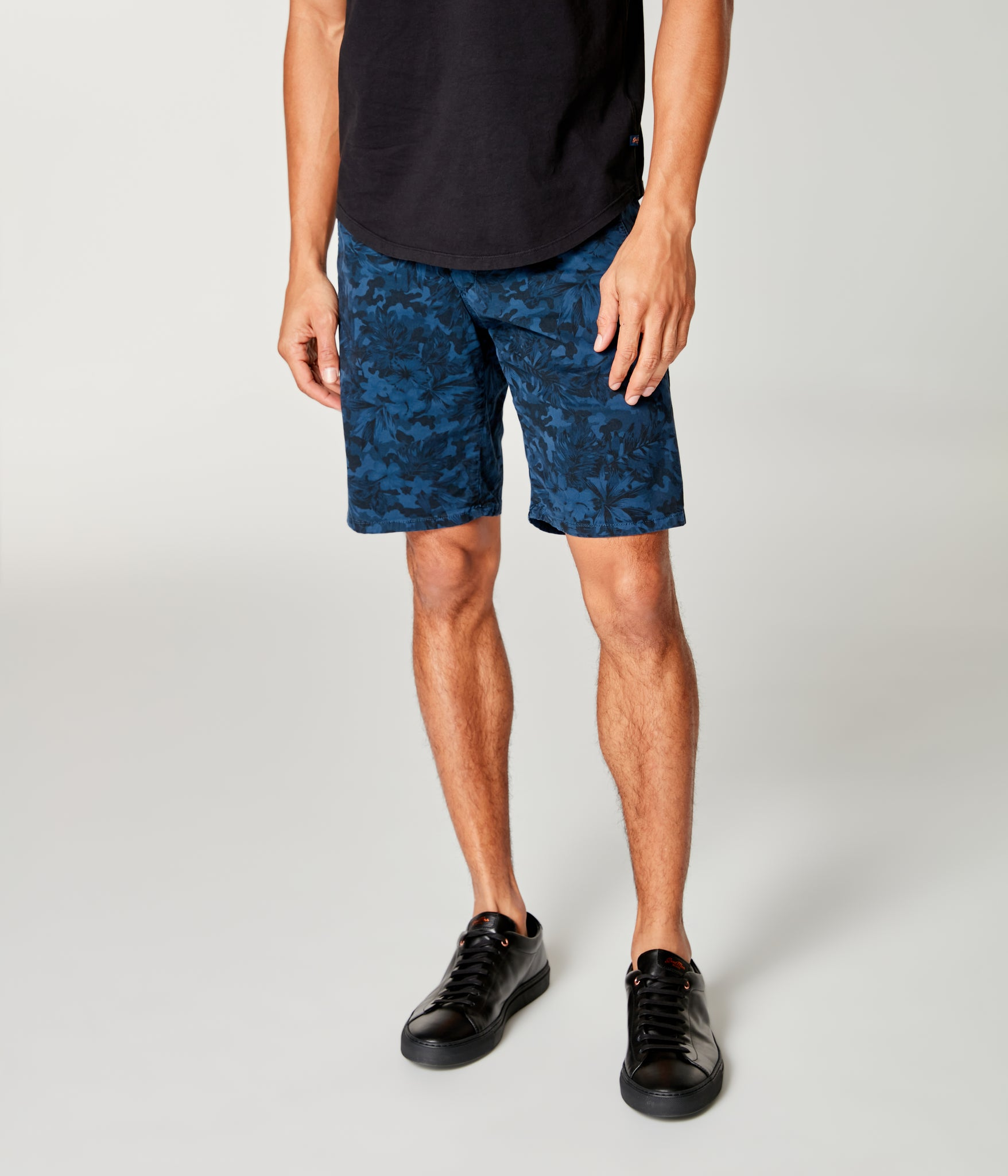 Monaco Stretch Twill Camo Wrap Short - Denim Blue