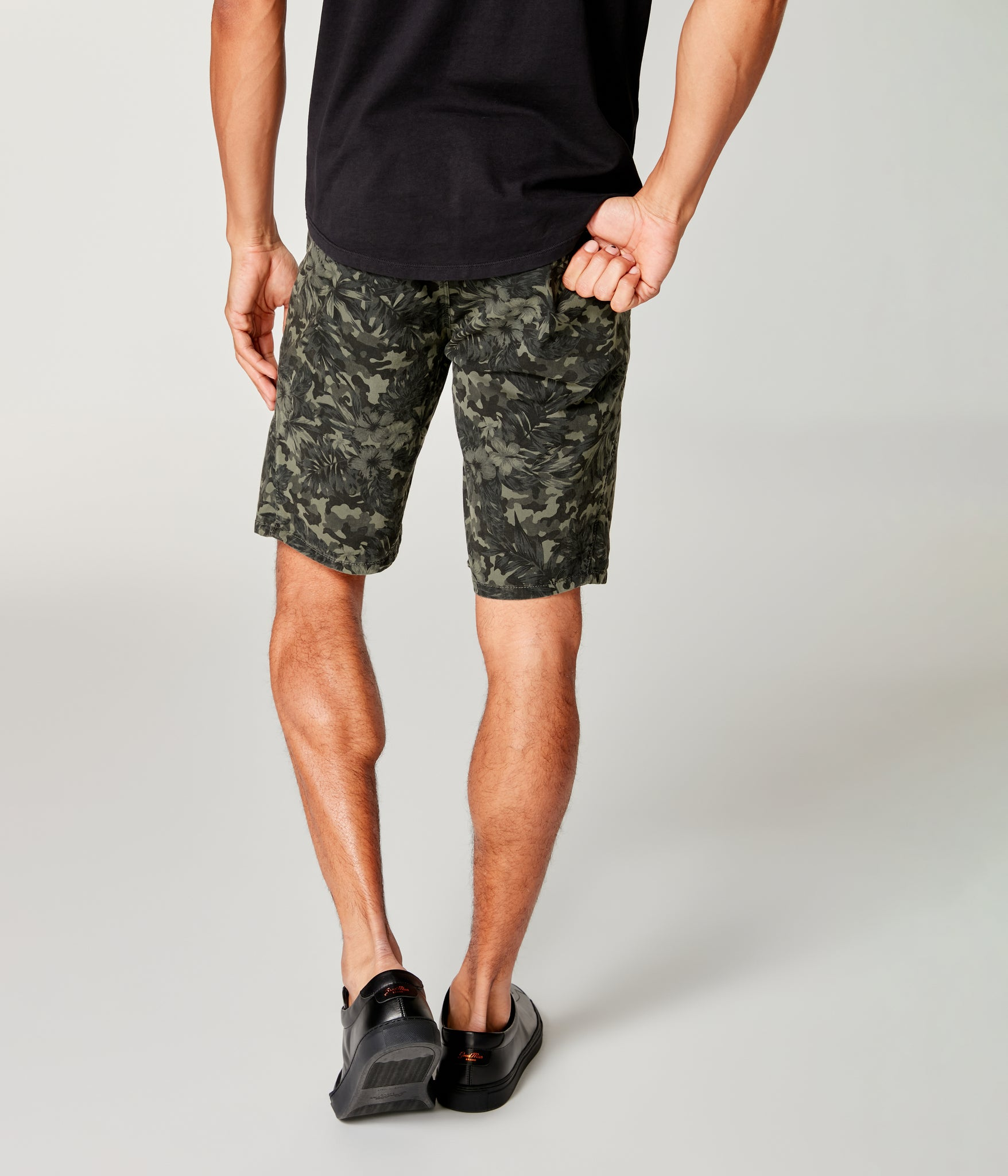 Monaco Stretch Twill Camo Wrap Short - Military Green