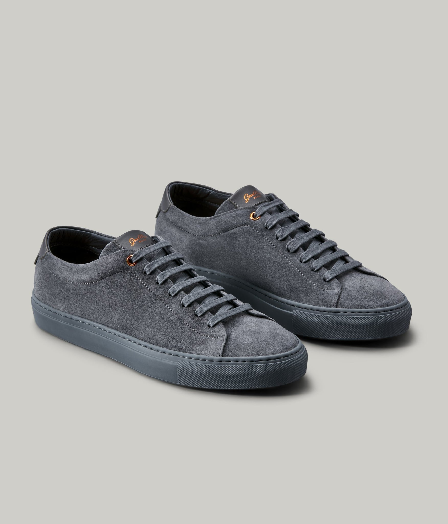 Edge Mono Lo-Top Sneaker in Suede - Charcoal
