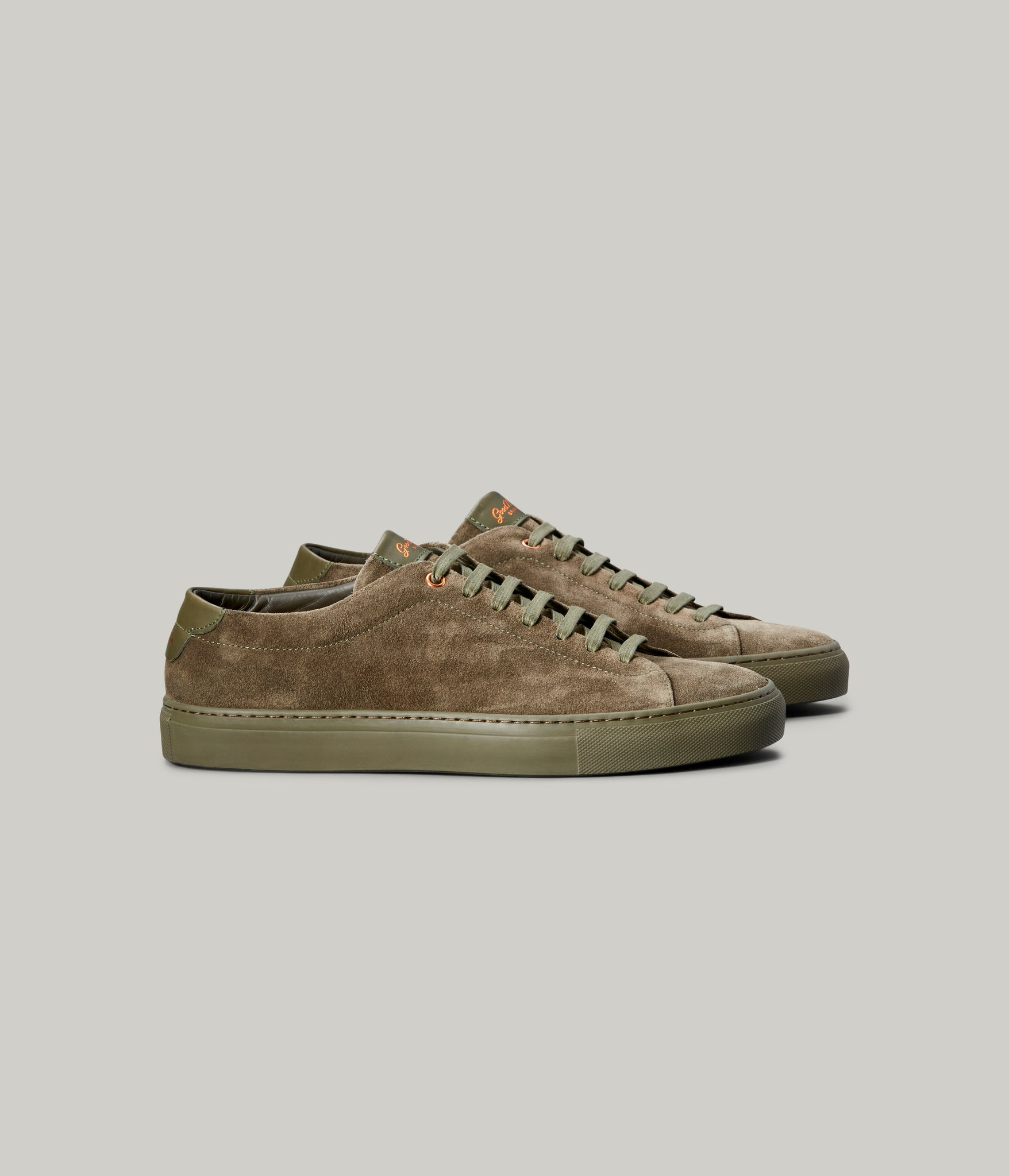 Edge Mono Lo-Top Sneaker in Suede - Olive