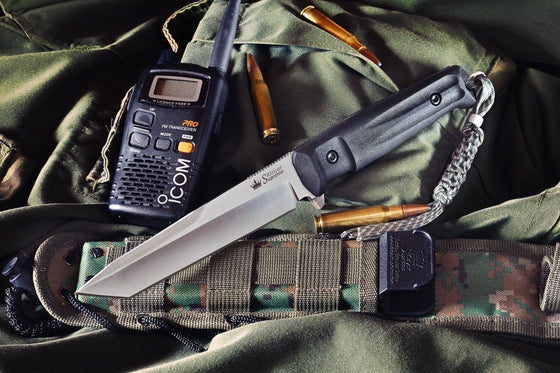 Aggressor AUS-8 tactical knife by Kizlyar Supreme