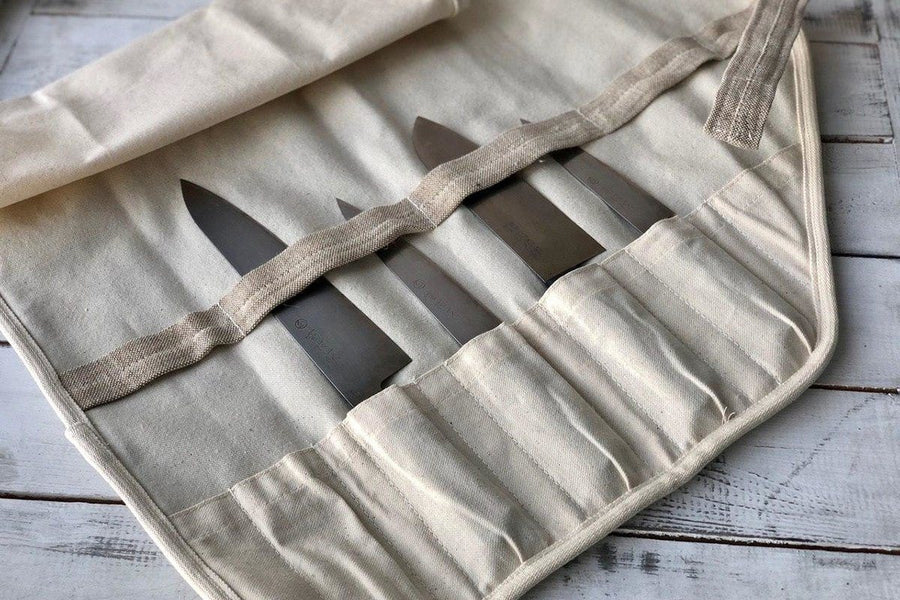 Kitchen knives storing bag by Knife To Meet You