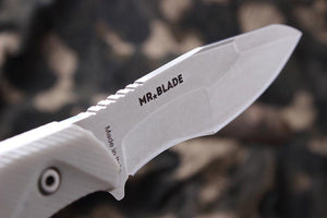 Hardy - outdoorsman knife by Mr. Blade, D2 blade details
