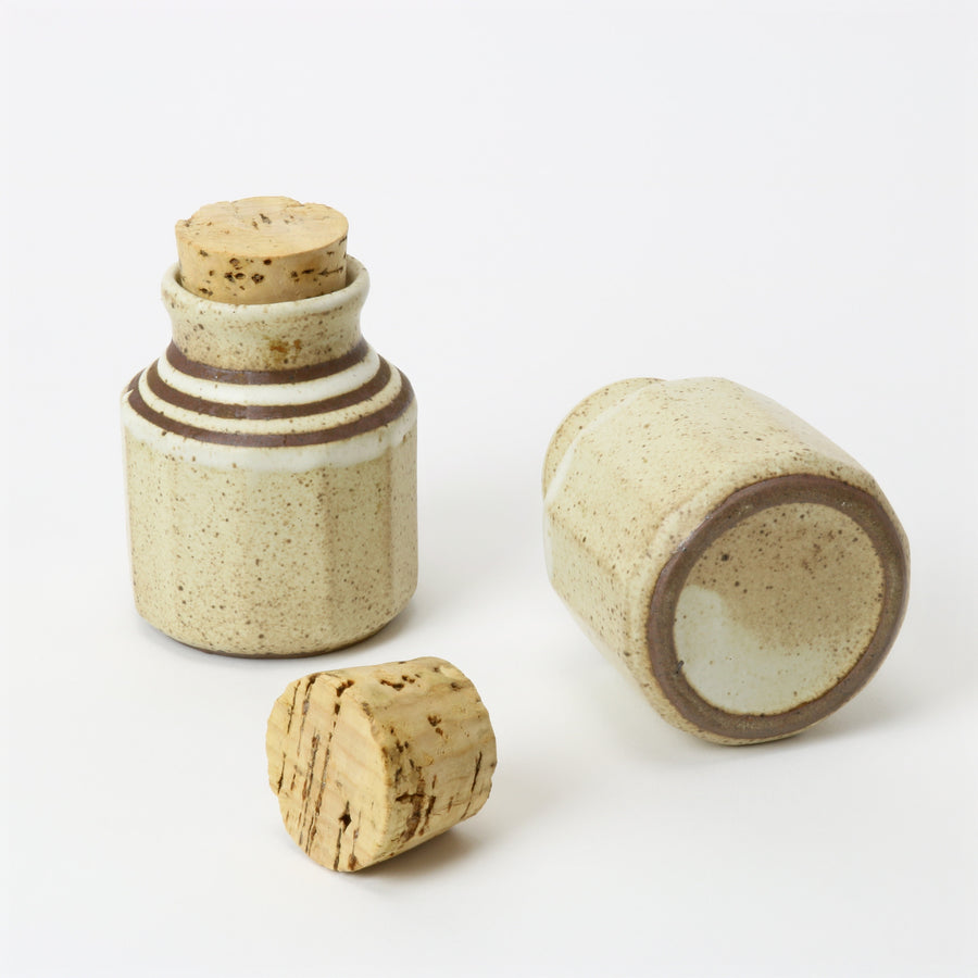 Japanese tea container set with corks