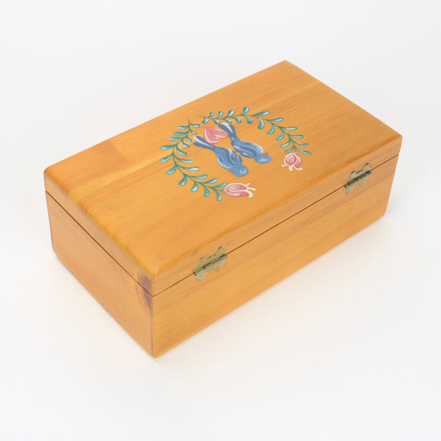 Lane Furniture mini chest with birds