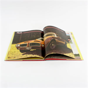 Muscle Cars book by Richard Nichols, copyright 1985 pages open
