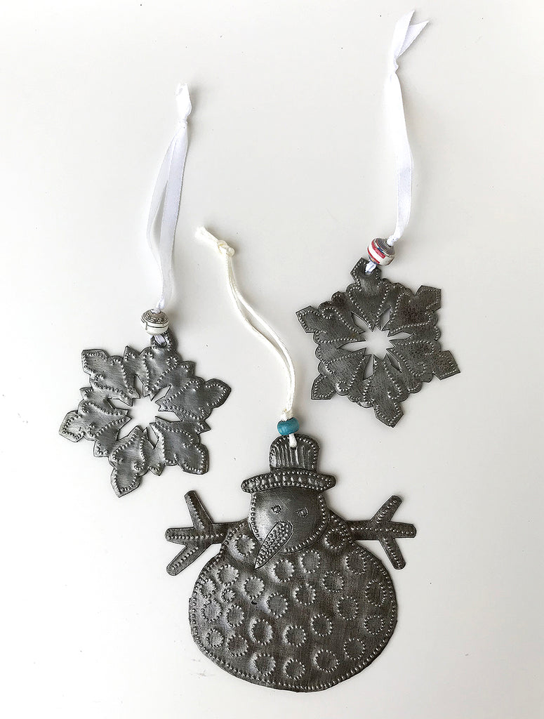Ornament Set - Metal - Melting Snowman with 2 Snow Flakes