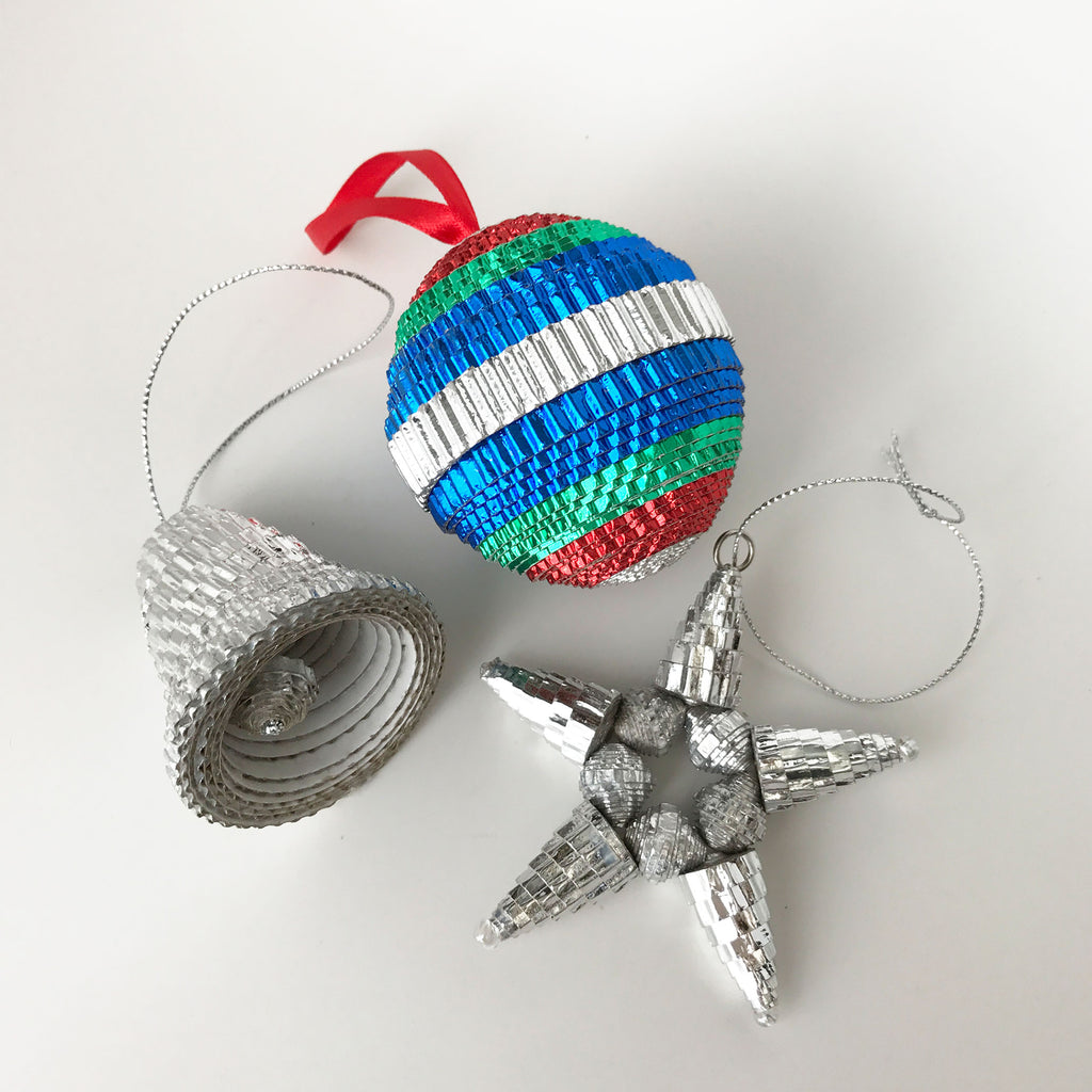 Ornament Set - .Paper -Sampler - Shiny - Set of 3 - SilverSTAR-MULTICOLORRound & SILVERBell