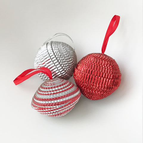 Ornament Set - .Paper -Sampler - Shiny - Set of 3 - Red-Silver & SILVERRED