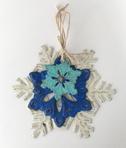 *Ornament Set - Metal - SnowFlakes - BlueAquaIvory