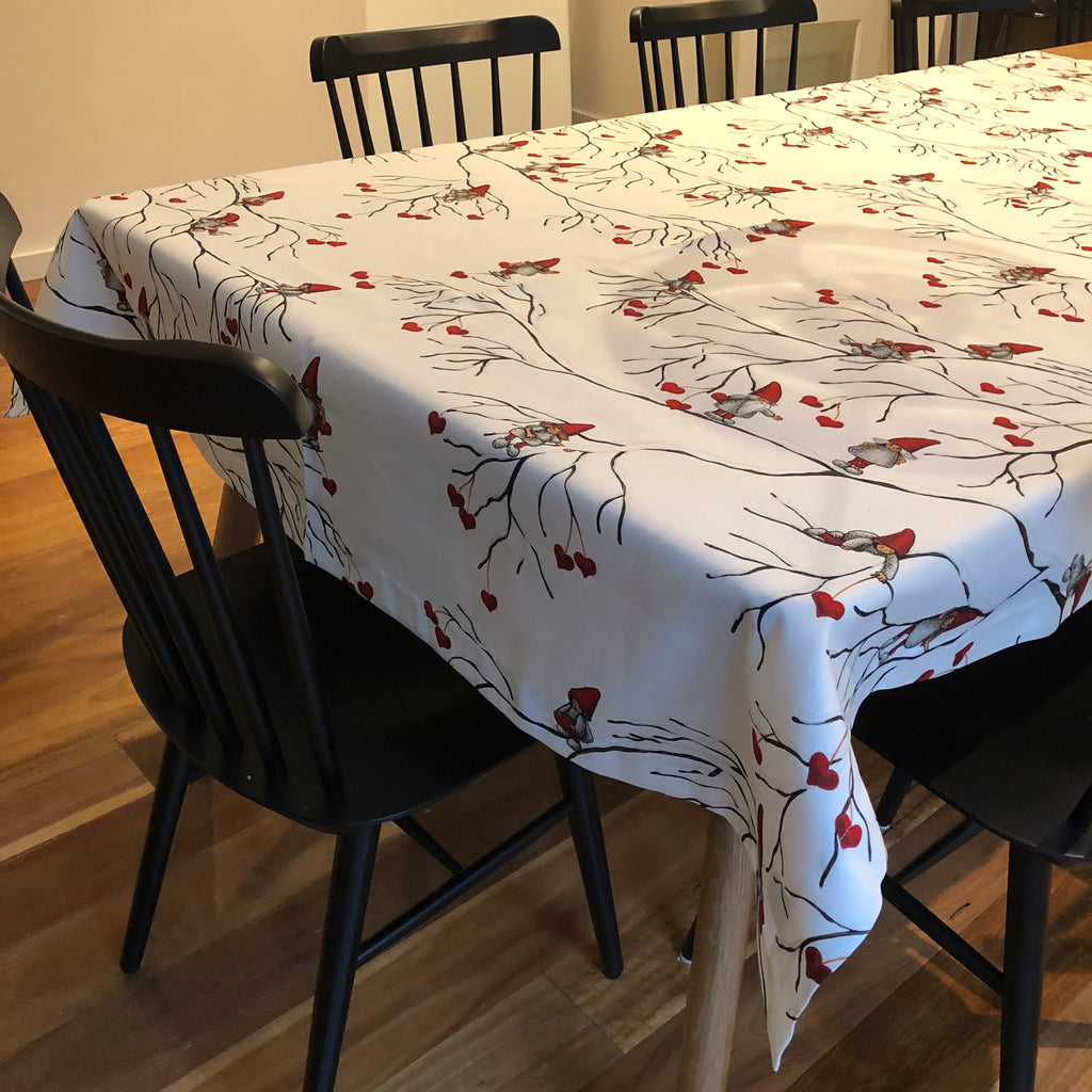 """NEW"" CHRISTMAS ""VINTERLEK"" - Tablecloth"