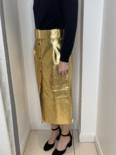 Load and play video in Gallery viewer, Gold faux leather belted midi skirt - size IT 44
