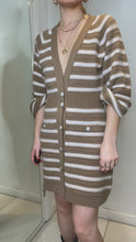 Load and play video in Gallery viewer, Beige & cream striped cashmere dress - size FR 38
