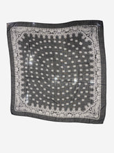 Load image into Gallery viewer, Black & white wool paisley scarf