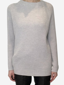 Light grey ribbed knit sweater - size M