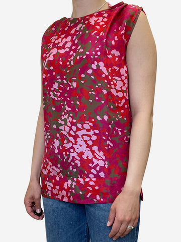 Pink sleeveles silky floral blouse - size UK 10