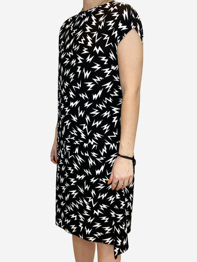 Black and white sleeveless lightning print dress - size IT 42