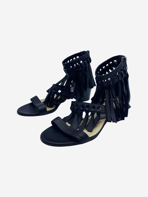 Black leather sandals with tassels - size 4