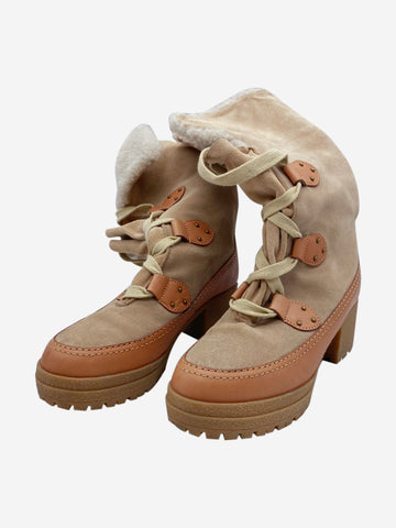 Beige sheepskin and leather ankle boots - size EU 38