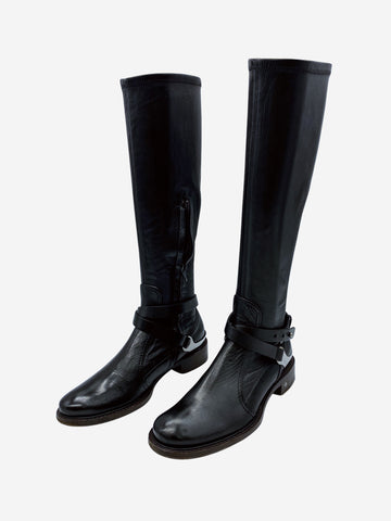 Black leather boots with silver hardware at back - size 3