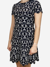 Load image into Gallery viewer, Black and white floral knit dress - size FR 38