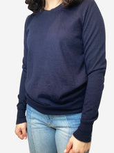 Load image into Gallery viewer, Navy crew neck cashmere sweater- size S